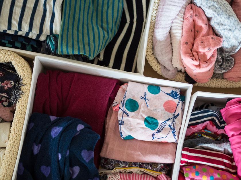 Vorraum für Familien_Körbe, Fächer und Einteilung Garderoben Schrank