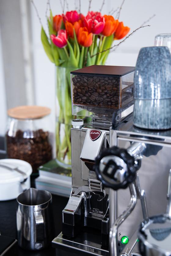 Siebträger Kaffeemaschine_Kaffeemühle