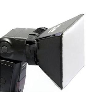 Рассеиватель накамерный портативный софтбокс 10х 13 см на фотовспышку Canon Nikon