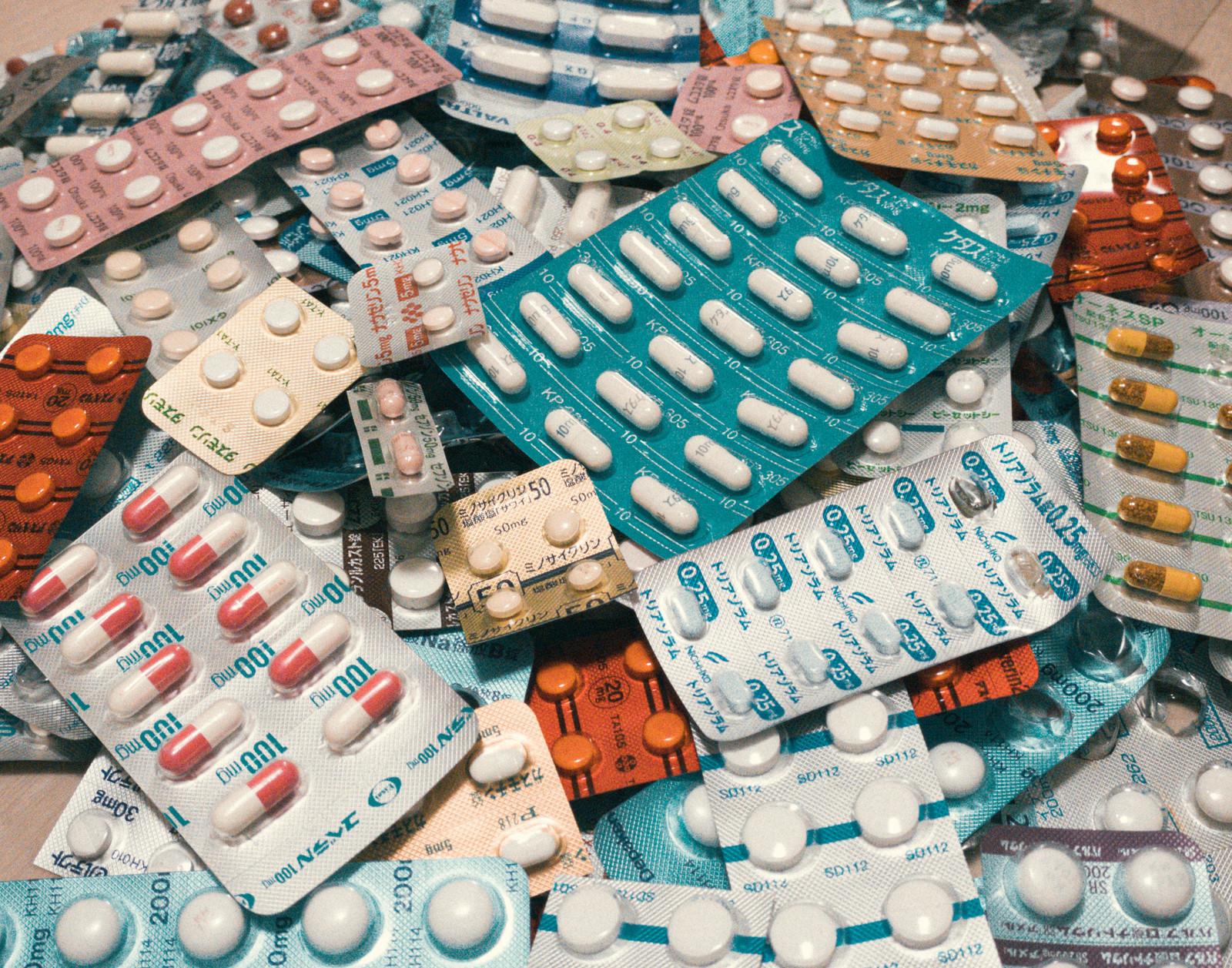 錠剤を上手に飲み込む方法