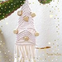 Decori natalizi.....cominciamo dagli alberelli a macrame.