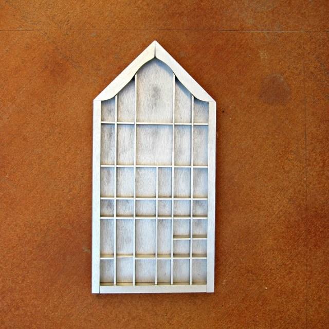 Goodwill-Shelf-Makeover-2