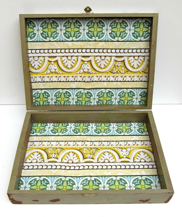 Jewelry-Box-Interior