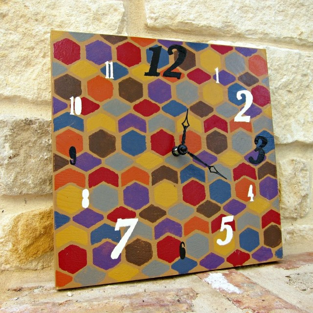 DIY-Colorful-Clock