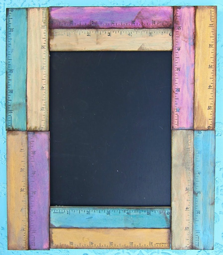 ive been on the lookout for vintage yardsticks to craft with and apparently so is everyone when i realized that it was going to take too long to find - Diy Chalkboard Frame