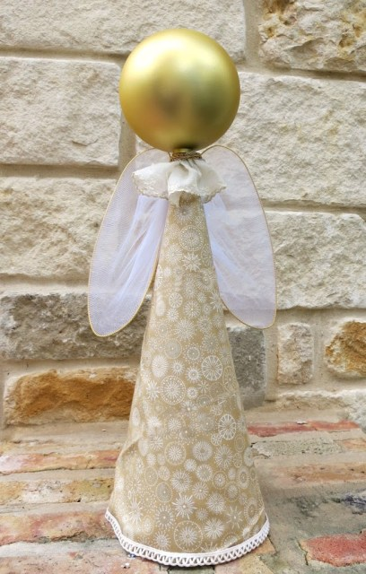 Use dollar store items to quickly create simple angel decor for your home. Easy to follow tutorial that's a great craft project for beginners.
