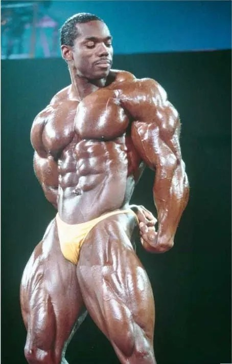 A picture of Flex Wheeler showing his chiseled muscles