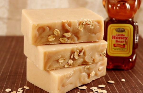 Oatmeal N Hunny Soap
