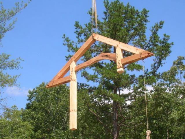 Timber frame roof trusses for home Oak timber frame construction of ...