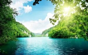 Lagoon-Green-Water-1920x1200