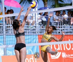uaap20161001-beachvball-003