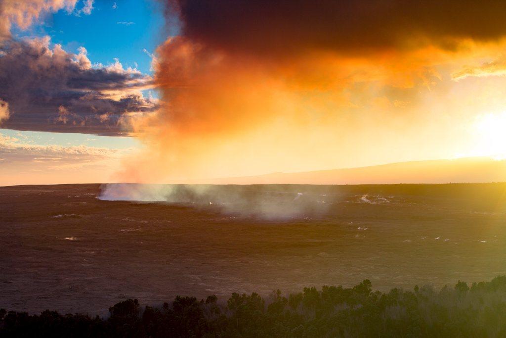 hawai'i volcanoes national park sunset