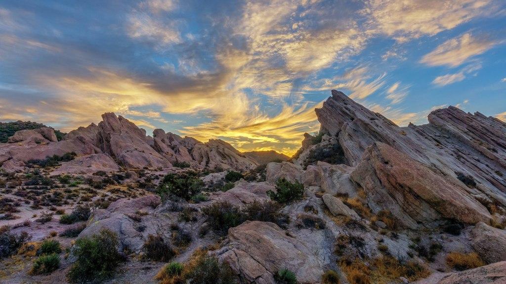 The Star Trek franchise filmed 10 episodes in Vasquez Rocks Natural Park   National Parks In Television Shows