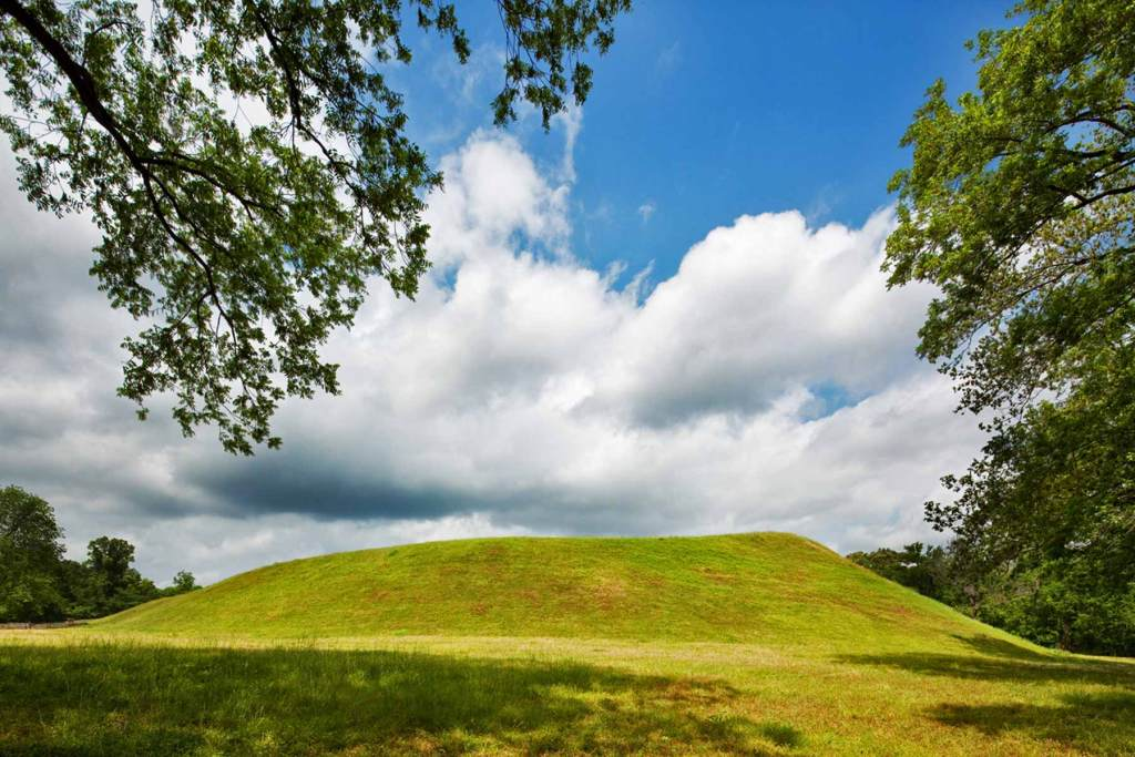 emerald mound natchez trace parkway mississippi national parks