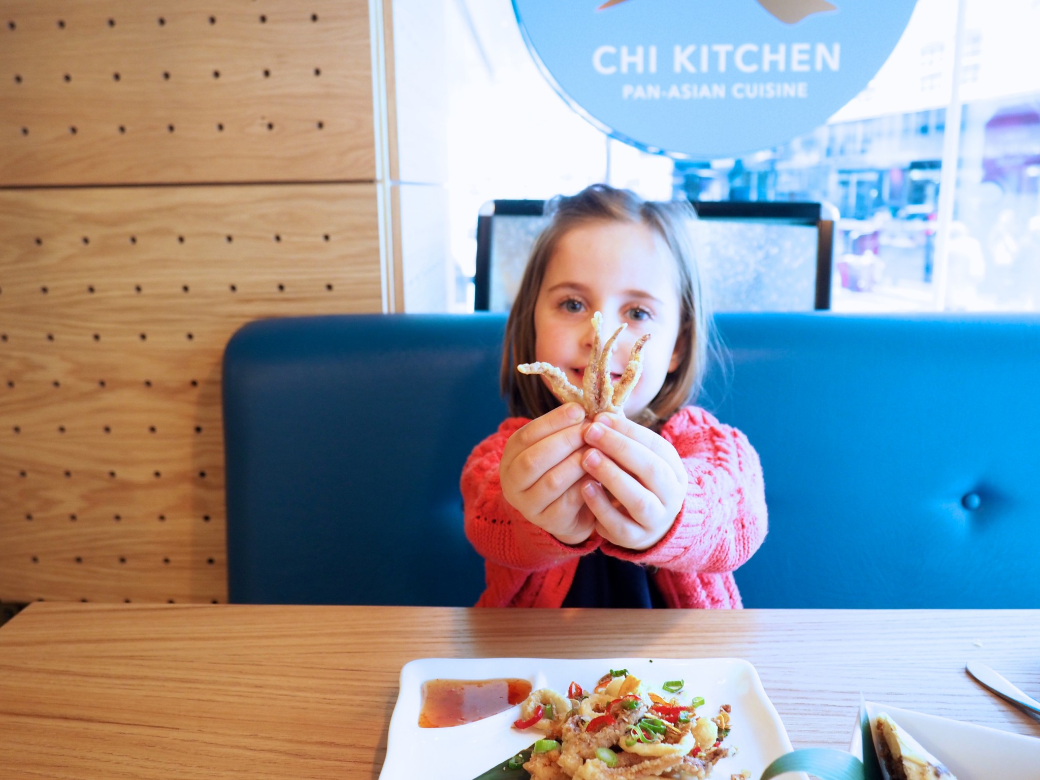 London with kids chi kitchen