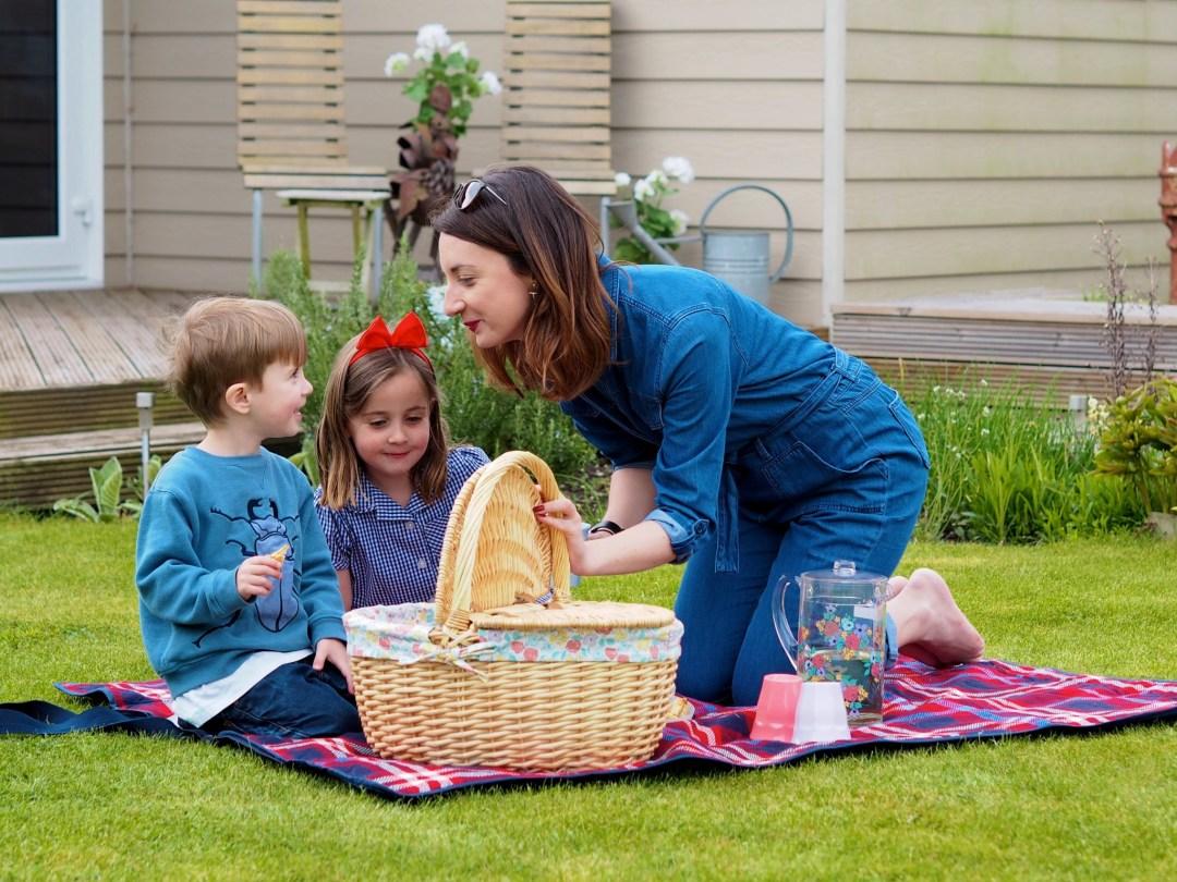 spring picnics