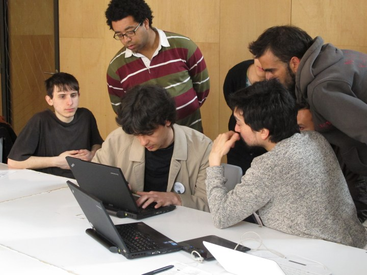 Demonstrating MorevnaProject's workflow. Photo by Peter Westenberg