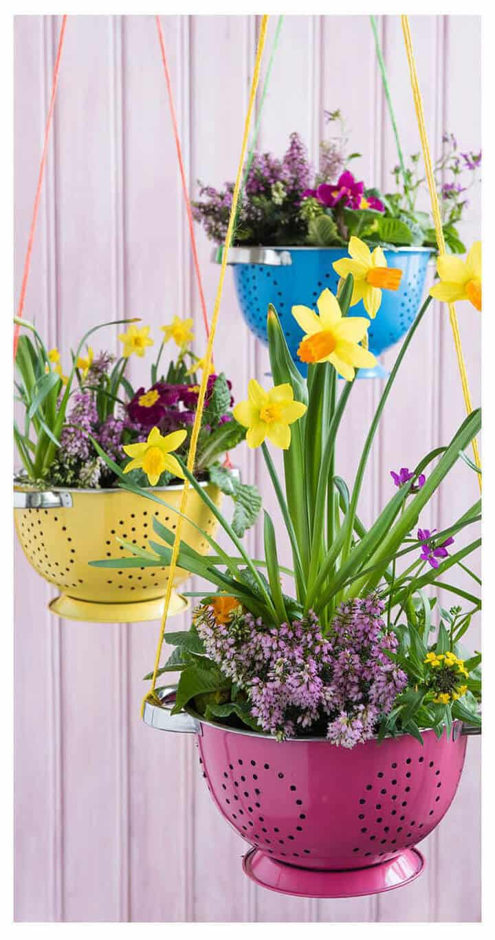 73 Hanging Planter Ideas to Try in All Seasons - MORFLORA on Hanging Plants Ideas  id=54327