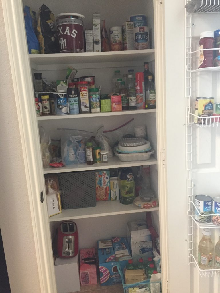 Pantry Organized - Authentically Amanda - www.mandamorgan.com