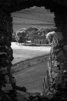 À travers une fenêtre du château d'Auchindoun