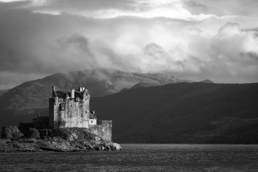 Le château Eilean Donan au bord du Loch Duich