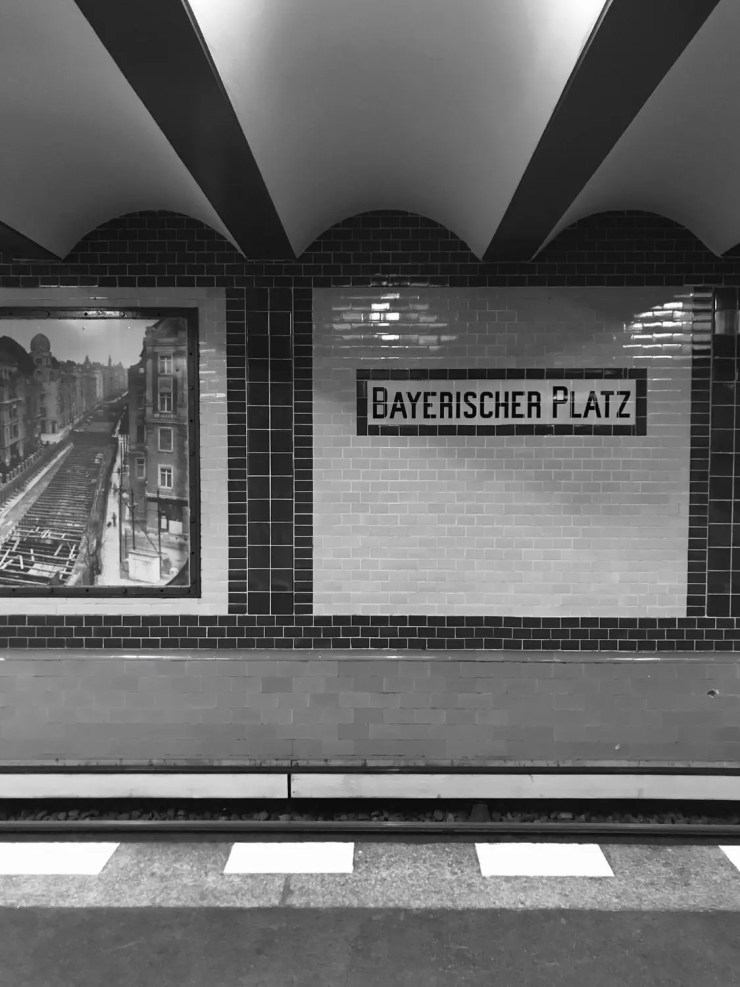 bayerisherplatz berlin black and white