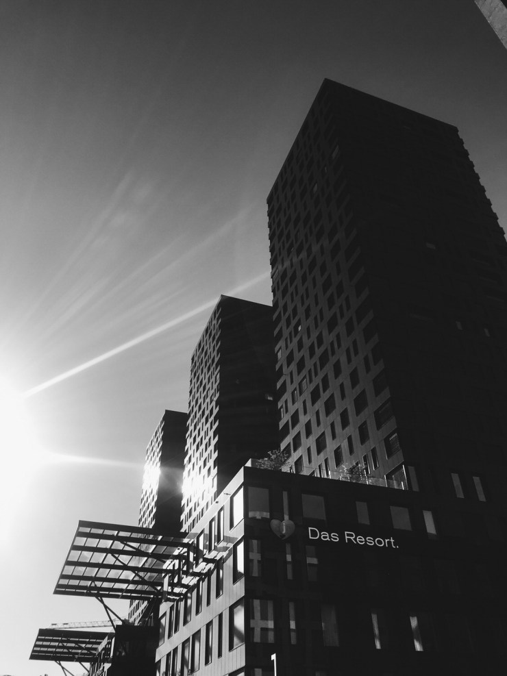 Aja-Hotel-resort-Zurich-black-and-white