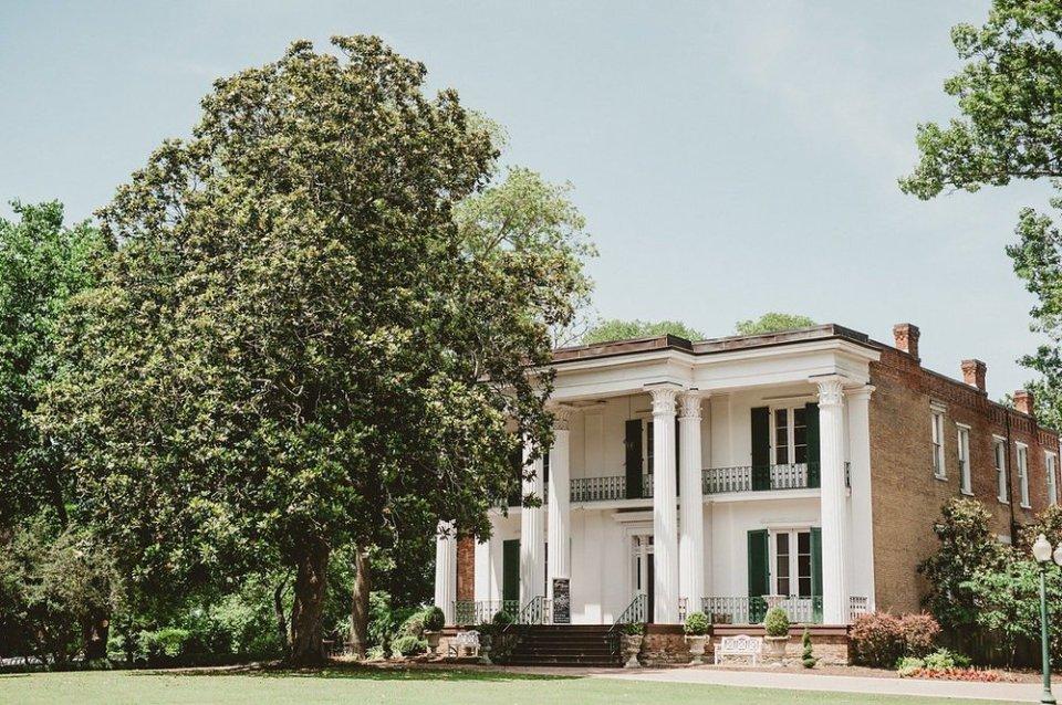 The Nashville Wedding Venue, Riverwood Mansion, exterior image