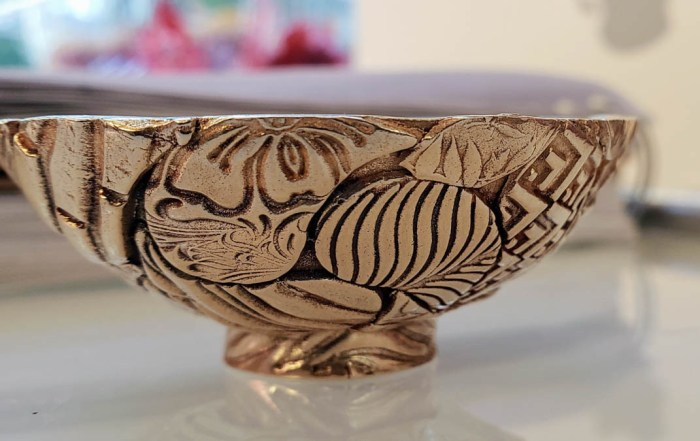 aussie gold bronze bowl-paisley side view