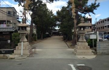 八雲神社参道