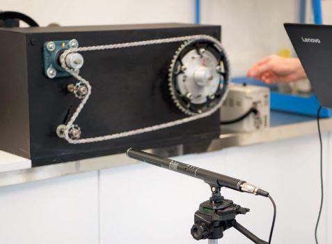 チェーンノイズと摩擦抵抗の関係 科学が実証する世界最速のチェーンオイルCeramicSpeed『UFO Drip Chain Coating』 UFOドリップチェーンコーティング