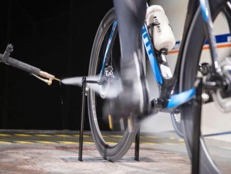 ジャイアント プロペル ディスク 【2018年モデル】GIANT新型『PROPEL DISC』の空力、重量、剛性、ディスクブレーキ カムテール形状 メリット デメリット ディスクブレーキの空気抵抗