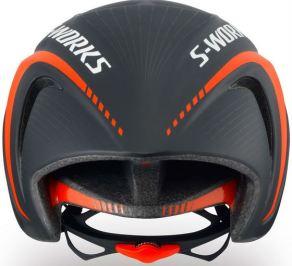 スペシャライズド2018新型『EVADE』。エアロ効果を押し進めたヘルメット。頭頂部 イヴェード 後ろ