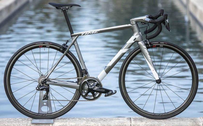 【2019年モデル】TIME『Alpe d'Huez 01』。タイムが織り成すクライミングバイク。 ラルプ・デュエズ アルティウム