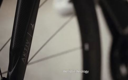 【2019年モデル】TIME『Alpe d'Huez Ulteam』。タイムが織り成すクライミングバイク。 ラルプ・デュエズ アルティウム