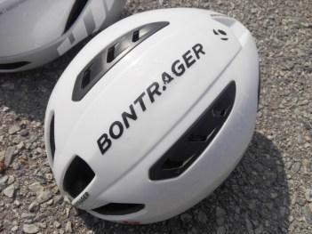 HJC『フリオン Furion』VS ボントレガー Bontrager 『バリスタ Ballista』ヘルメット比較インプレ。見た目 上