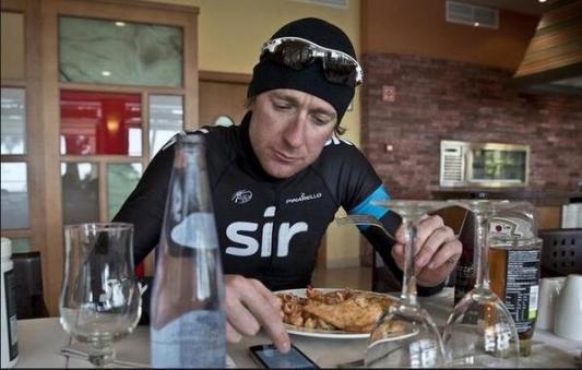 4/13発売『世界一シンプルで科学的に証明された究極の食事』が良さげ。 ロードバイク ダイエット