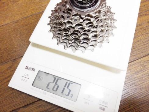CS スプロケット R7000の実測重量を、公表重量や5800、R8000、R9100と比較