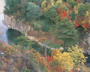 錦秋湖の秋