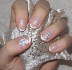 uncategorized-beautiful-french-white-christmas-nail-art-with-snowflakes-polish-motif-and-gel-nail-design-for-christmas