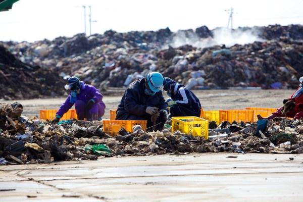 RECYCLING THE TSUNAMI – Japan 2012