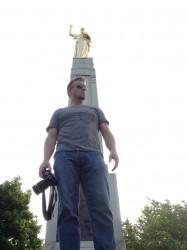 world-wanderlust-moroni-statue