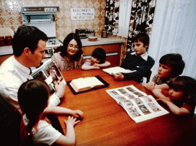 Ministering LDS filmstrip 1981