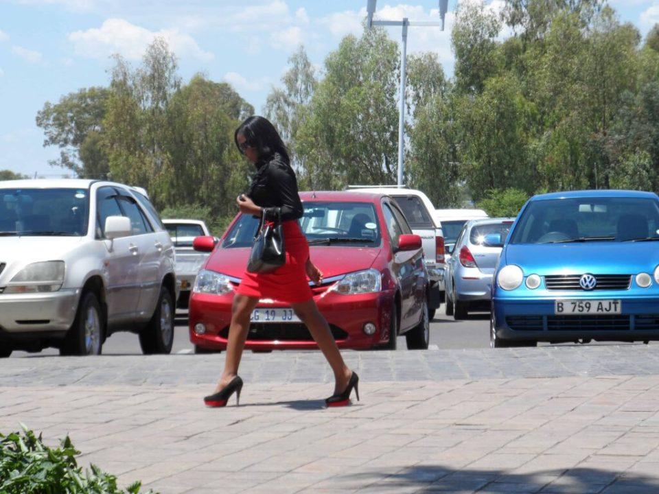 Mere om Moden i Botswana i dag