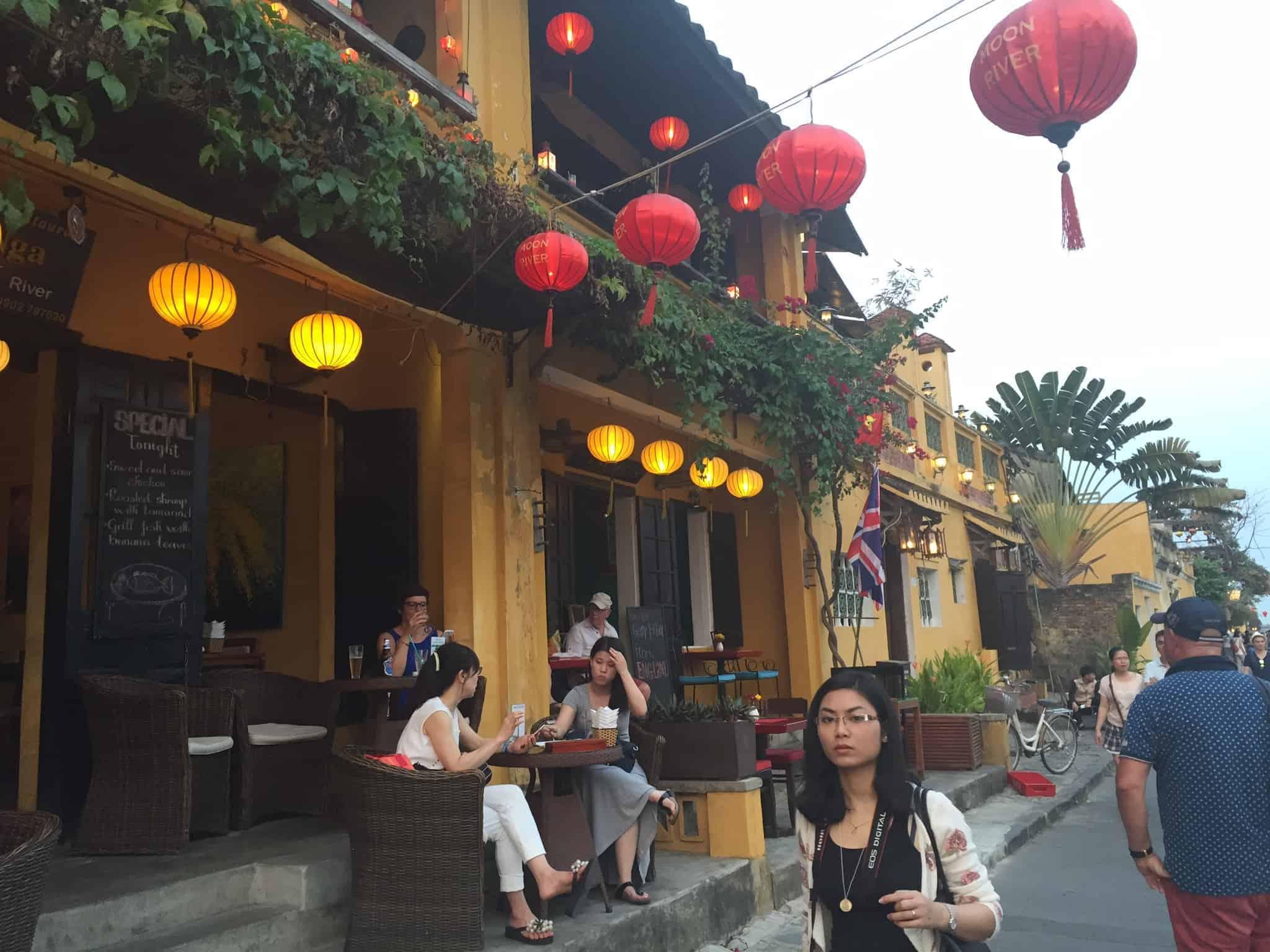 Tidlig aftenstemning i Hoi An