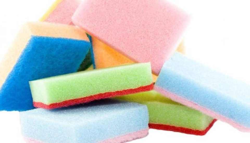 Husmoder-tricks om skuresvampe og klude med plastik!