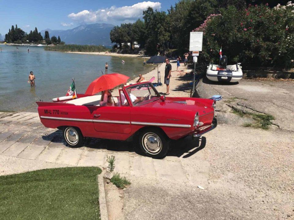 Og så kom der en bil sejlende?!?!?!?