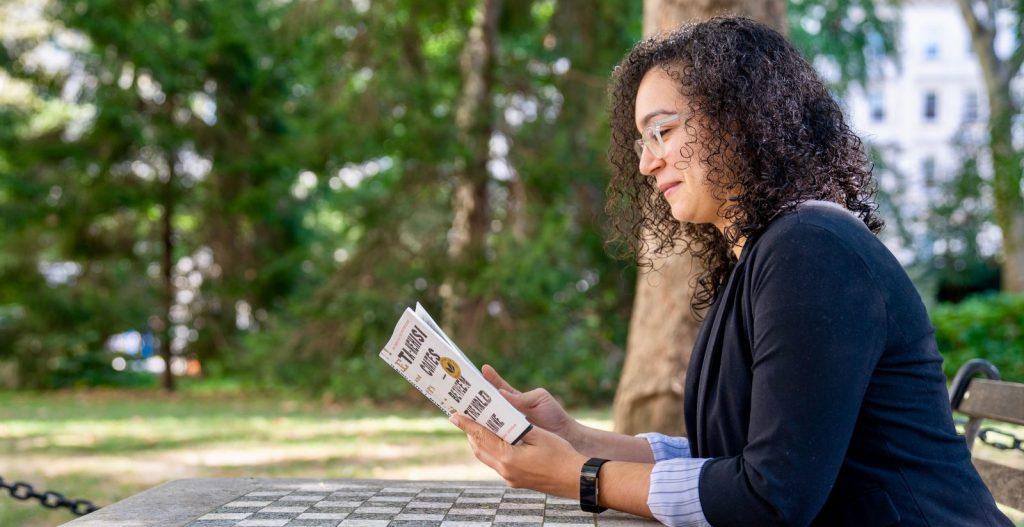 Side view of CSD Eliana Bourdier