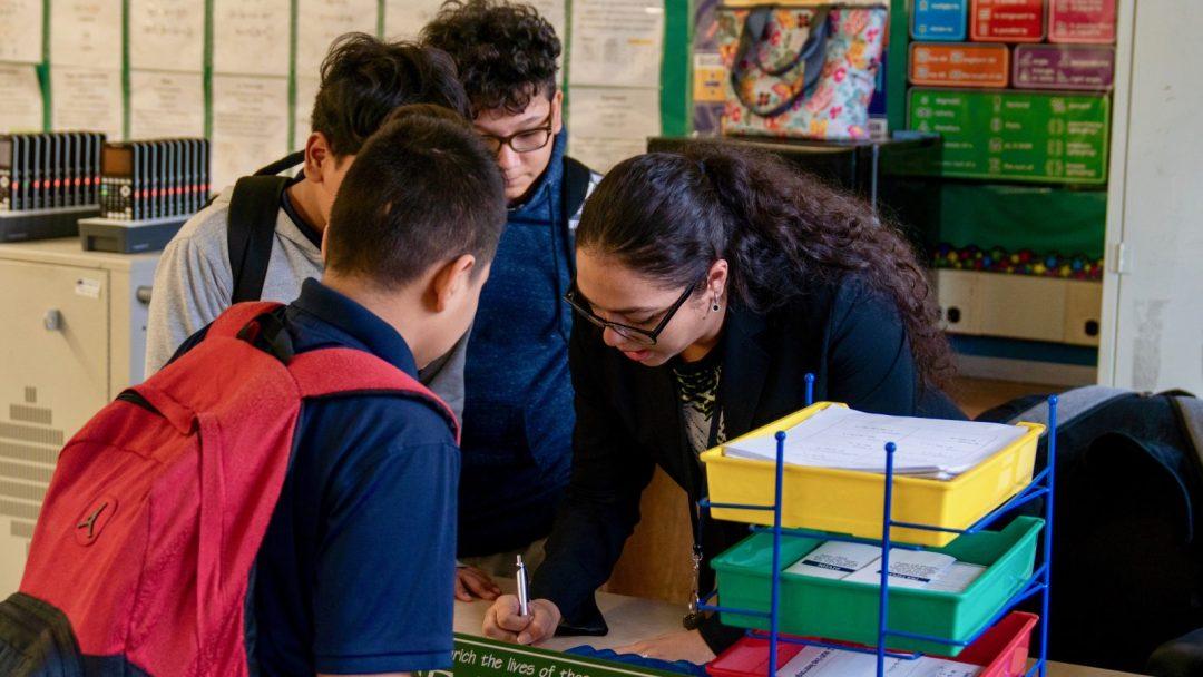 Carolina Restrepo Leads a Afterschool CS Class at M.S. 217