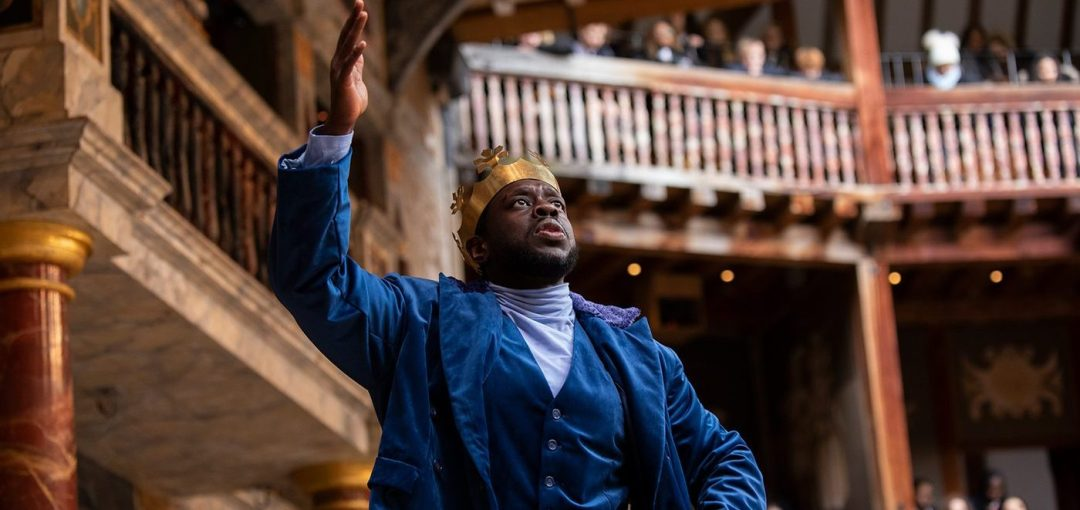An actor performing Macbeth in the Shakespeare Globe Theatre